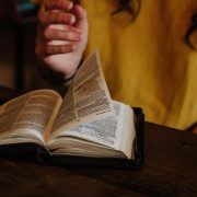 Does the Bible command its readers to think and use reason?