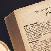 La Deidad de Jesús no es una leyenda tardía