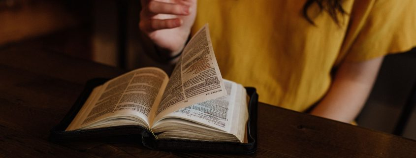 "Are the Gospels ""hopelessly contradictory"""